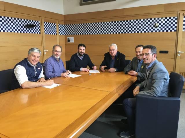 Signatura de conveni amb l'Ajuntament d'Olot