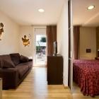 Hotel ** La Perla  - df826-255333_166208910108202_5422251_n.jpg